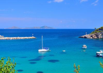 sailing_tours_sporades_greece_blue-sea