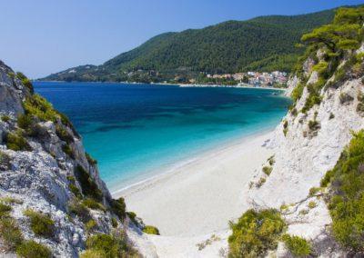 sailing_tours_sporades_greece_hovolo