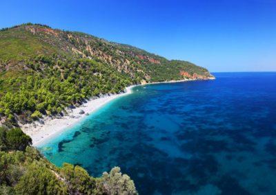 sailing_tours_sporades_greece_velanio